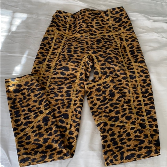 size XS TYC leggings